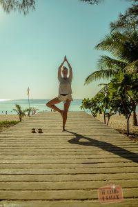 Девушка пляж карон Йога