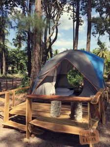 Отель на пляже Май Кхао - Micky Monkey Beach Hotel