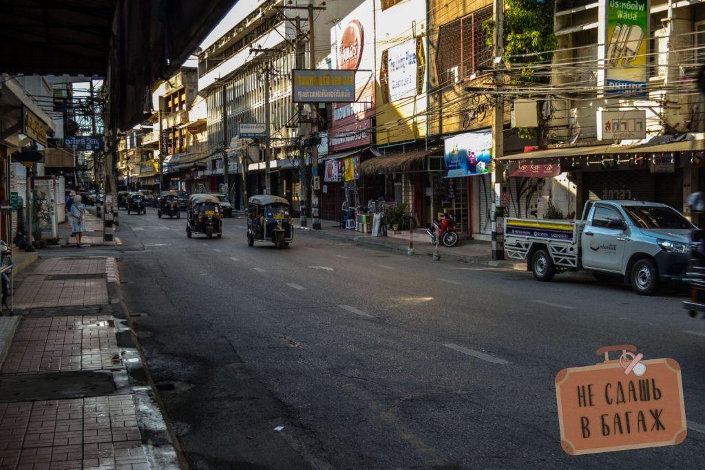 Самая обычная улица в Чиангмае
