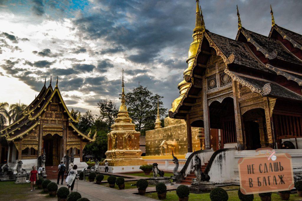 Деревянный храм, он же по совместительству самый старый