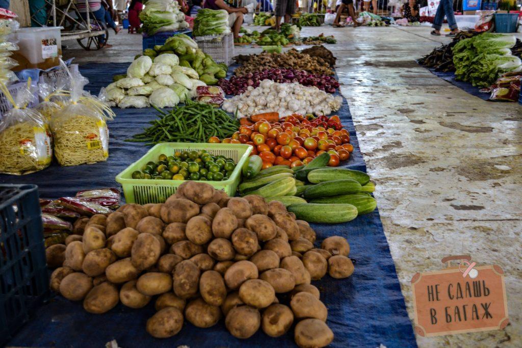 Рынок выходного дня в Ларене.