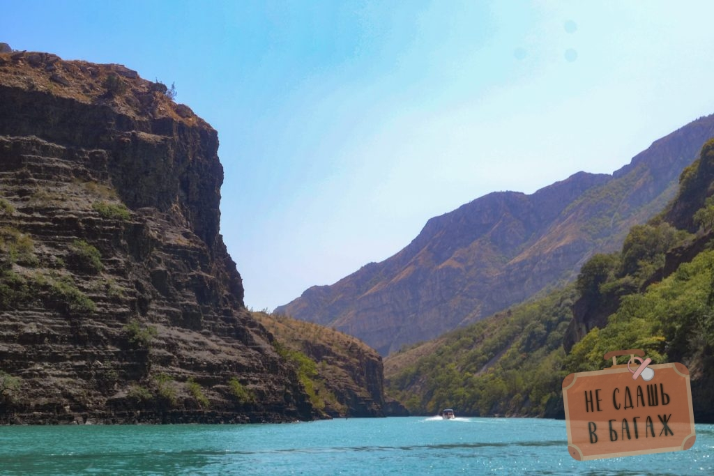 катание на катере по Сулакскому каньону