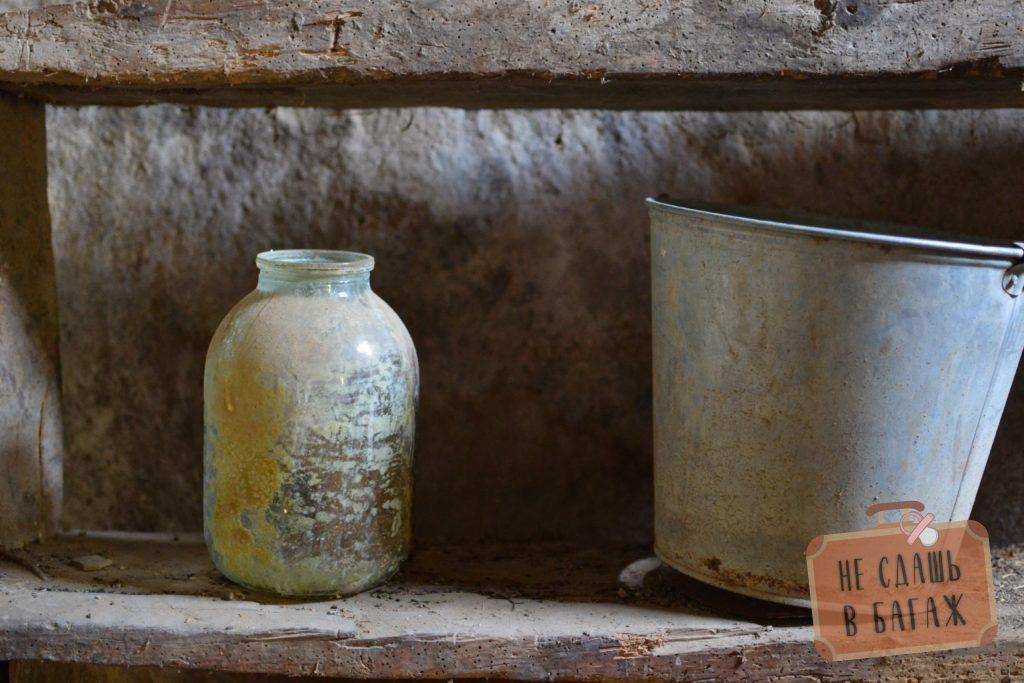 посуда в доме последнего жителя аула
