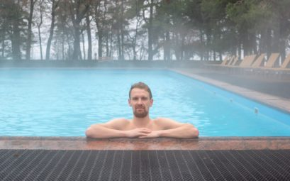 СПА-отель Скандинавия: бассейн под открытым снегом в Сестрорецке