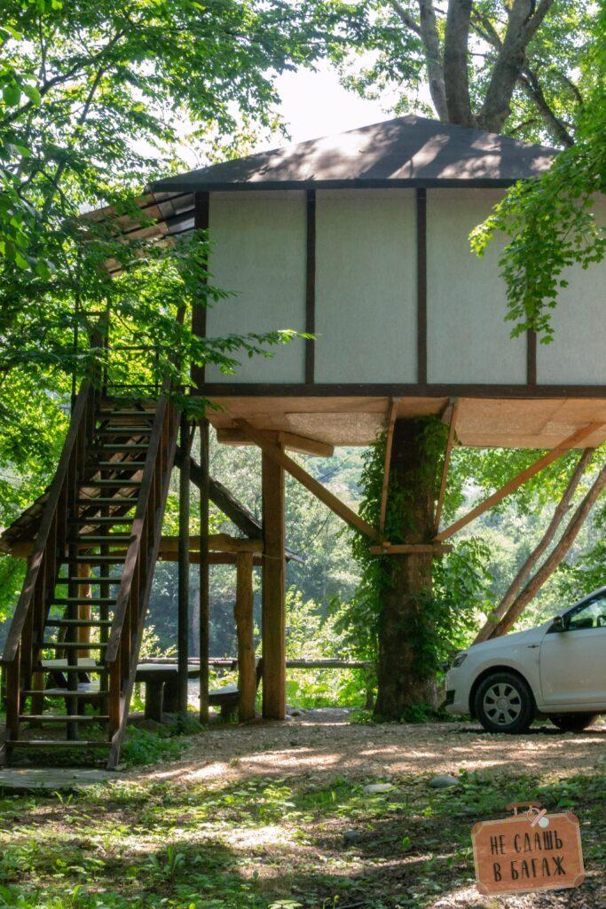 дом на дереве в Адыгее